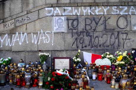 Poland on fire: voices from the provinces | Irma Allen in