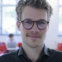 Profilbild av Adrian Lefvert